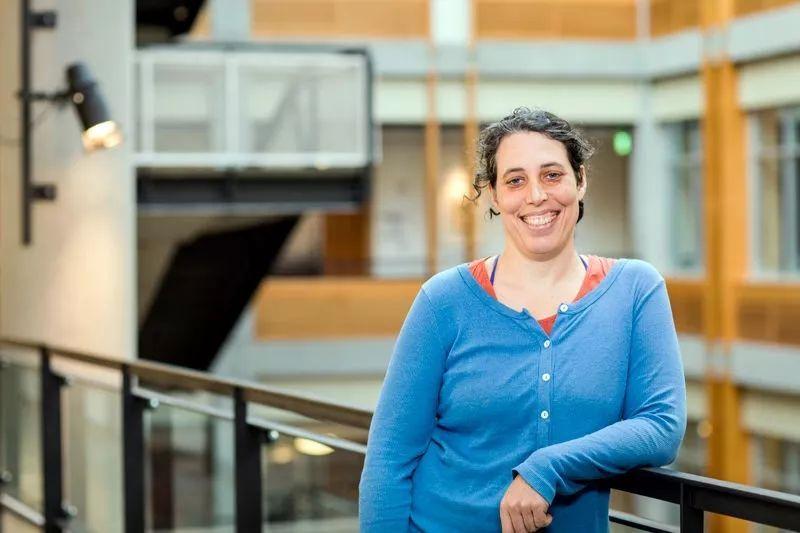 当科学家遭遇慢性疾病,如何将科研进行到底?