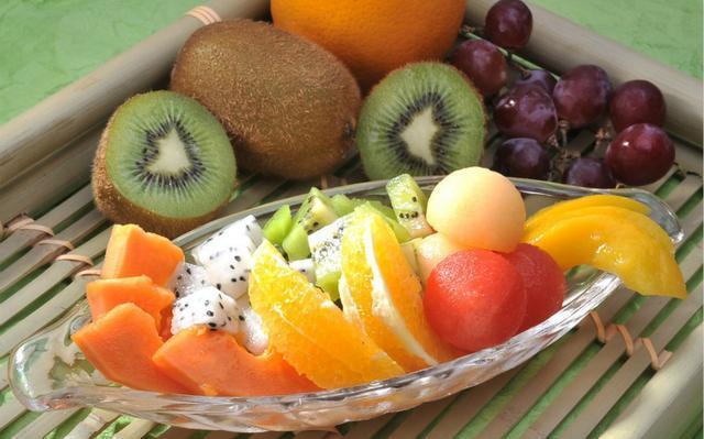 原创             水果越酸,维生素C含量就越高吗?