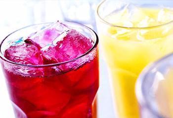 原创             碳酸饮料为何不能多喝?健康医师为你深入解答,看完你就懂了!