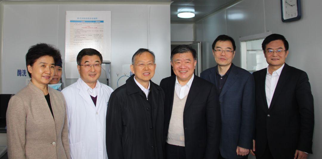 新闻动态丨陈竺副委员长亲临我院支气管室考察