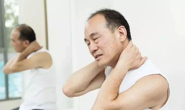 颈肩腰酸痛麻?睡不安稳?用它3天有效缓解,还能祛寒湿,通经络!
